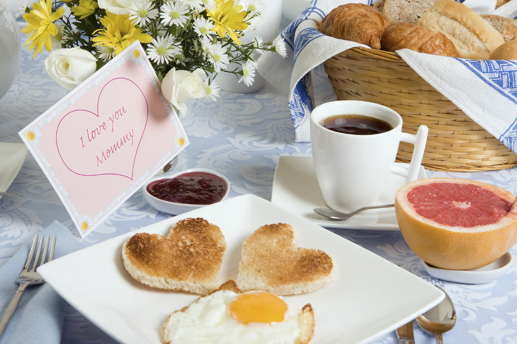Breakfast in bed healthy ideas for kids for Good ideas for mother s day breakfast in bed
