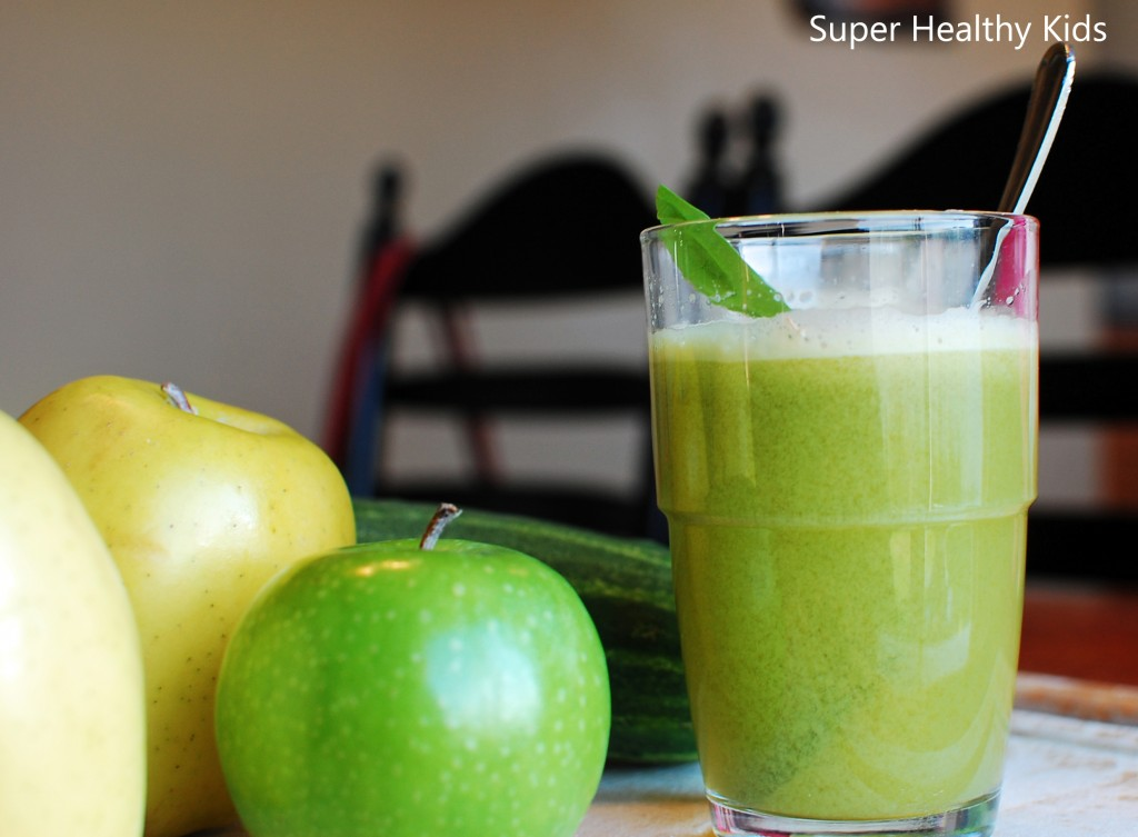 Green apple juice by super healthy kids