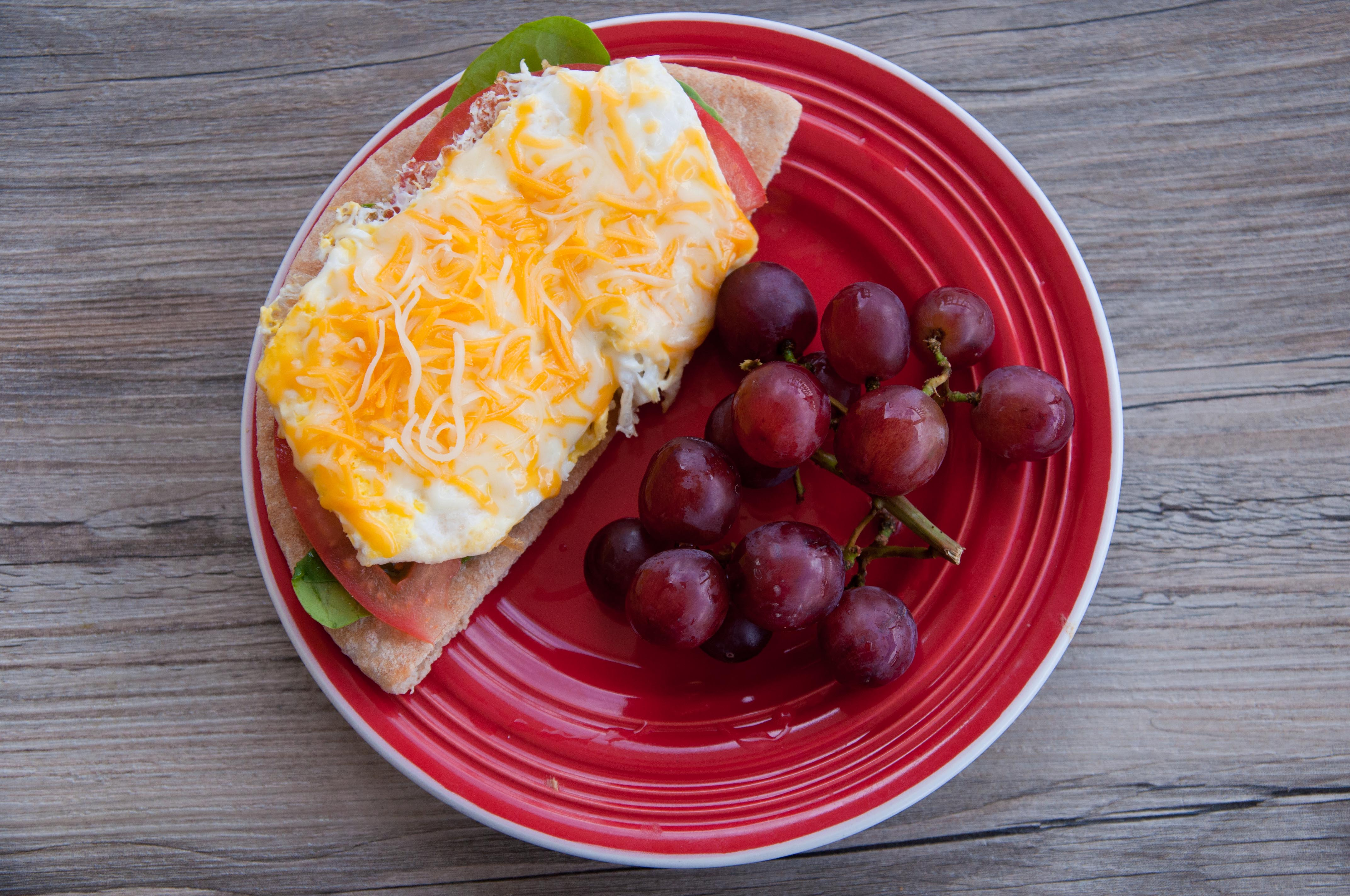 Pita Breakfast Pizza | Super Healthy Kids