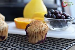 mini whole wheat blueberry muffinSHK