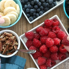 Healthy Build-Your-Own-Pancake Bar - perfect for kids to help out with a yummy weekend breakfast!