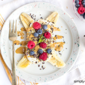 Indulge your kids with the ultimate healthy breakfast: Banana Splits! Made with greek yogurt and your choice of toppings!