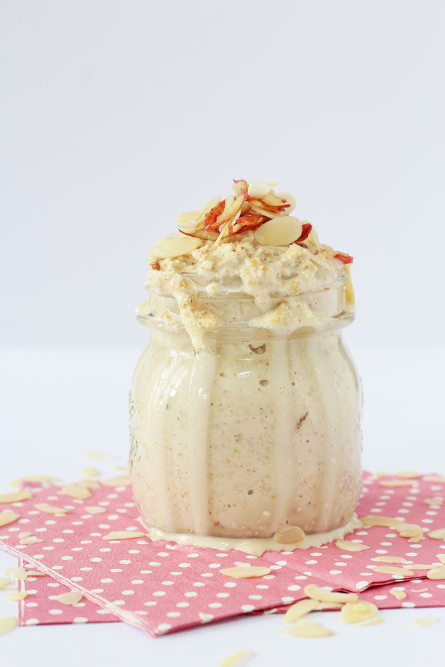 ... healthy overnight oats recipe flavoured with apple and almond butter
