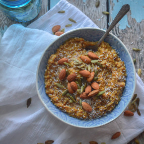 Slow cooker pumpkin pie oatmeal
