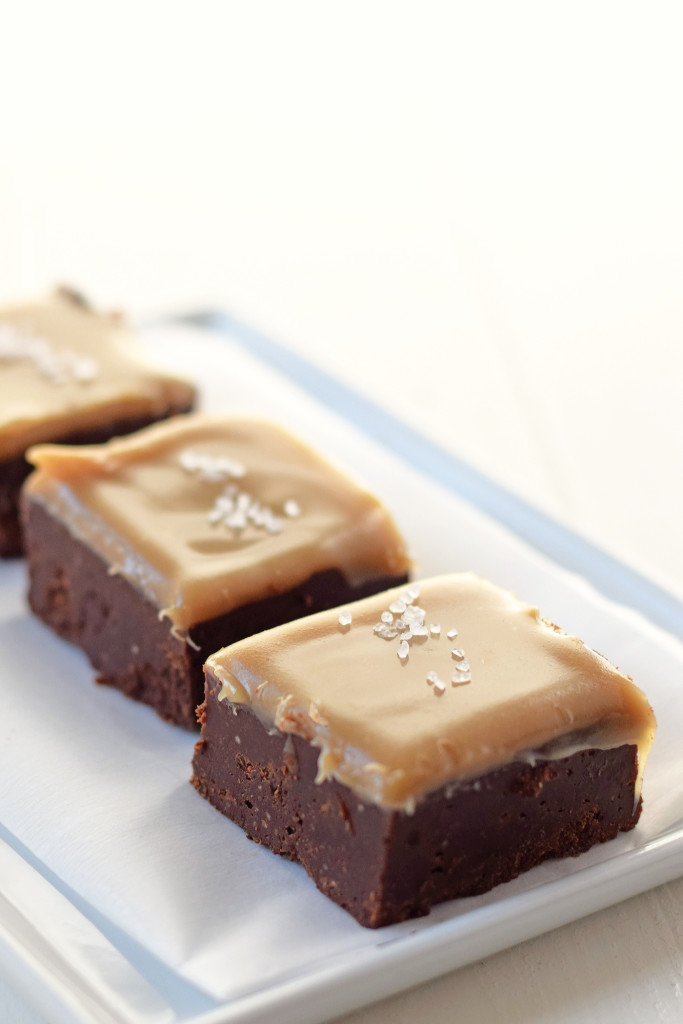 Salted Caramel Fudge Recipe. Gooey, amazing fudge that is made with ...