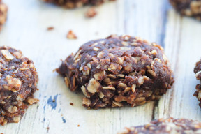 Healthy No Bake Chocolate Cookies