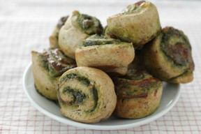 Easy Kale Pesto Pizza Rolls