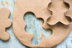 An all natural gingerbread playdough recipe