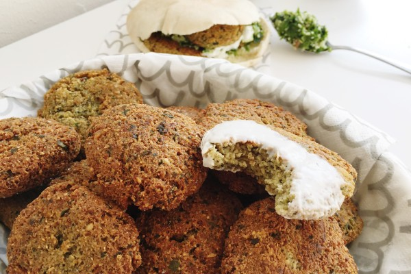 This Falafel recipe is as good as you will find in any restaurant.  Super crunchy and delicious - a great way to pack in protein and veggies into a yummy lunch or dinner!  www.superhealthykids.com