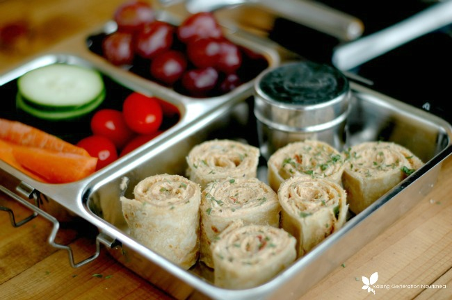 Mexican Pinwheels :: Perfect for quick lunches, fun appetizers, & easy lunchbox additions! www.superheathykids.com