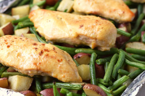 One-Pan-Honey-Garlic-Chicken-and-Vegetables-1