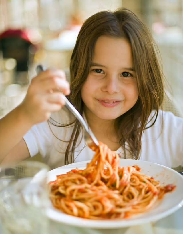 Our best tips for helping kids try new foods.
