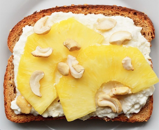 Cottage cheese with fruit on toast