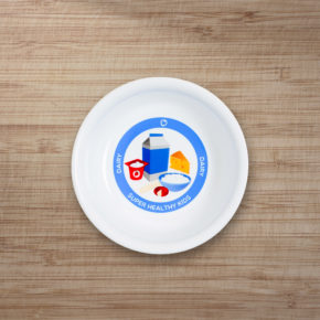 kids-dairy-bowl-wood-bg