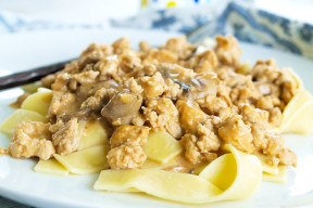 Healthy Ground Turkey Stroganoff recipe