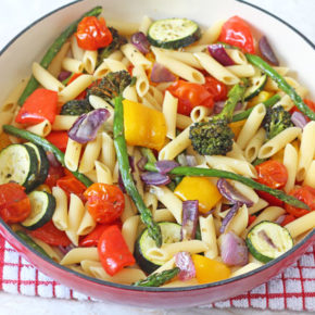 An easy and healthy pasta salad recipe packed full of delicious summer vegetables.