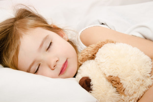 5 Steps to a Child Sleep Makeover. If you have been seeing bedtime battles, night waking, early rising and negative associations around sleep - this article is for you!