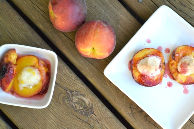 sweetness of summer without spending hours in the kitchen. This easy inside out peach pie is the perfect breakfast or dessert for both kids and adults. www.superhealthykids.com