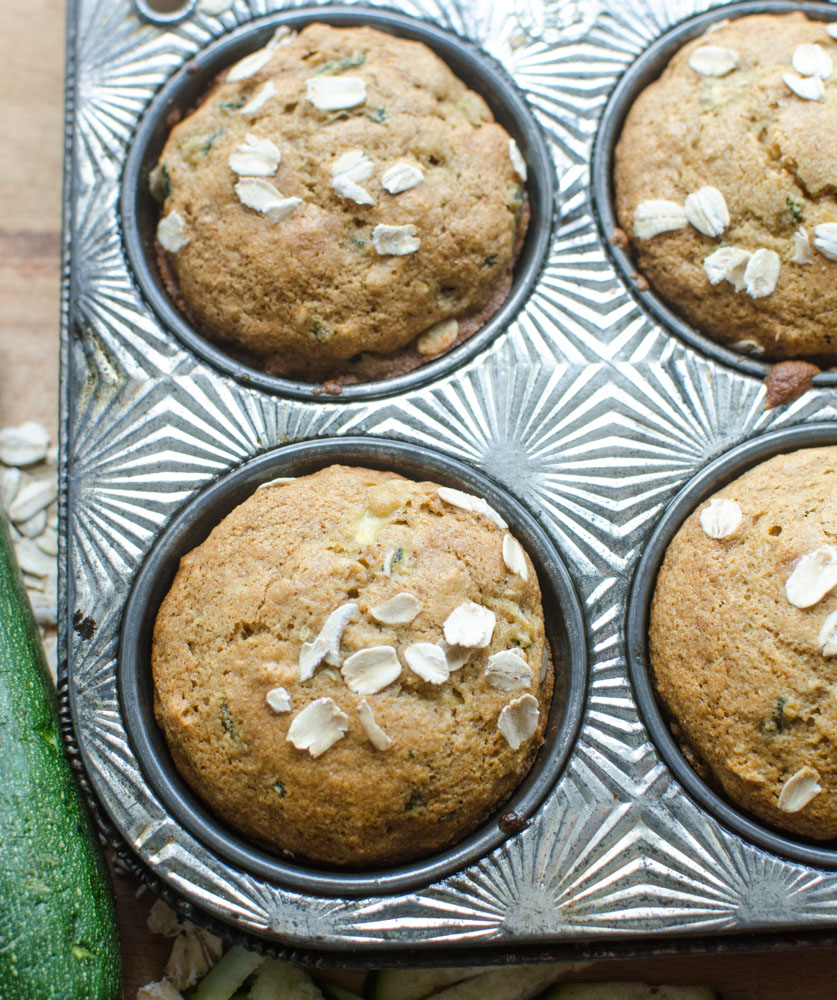 Healthy Zucchini Oat Muffins. www.superhealthykids.com