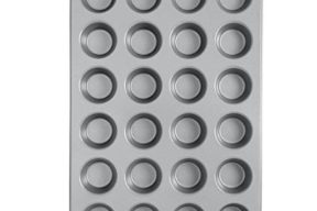 Wilton Recipe Right 24 Cup Mini Muffin Pan