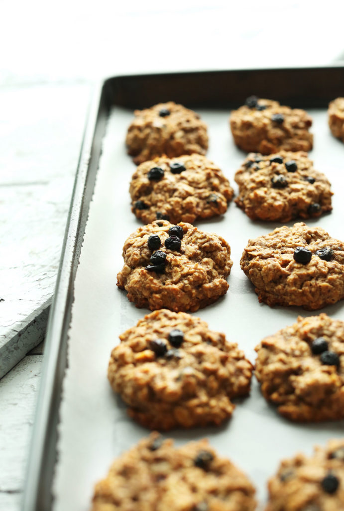 1-bowl-healthy-blueberry-muffin-breakfast-cookies-easy-naturally-sweetened-super-tender-and-nutritious-vegan-glutenfree-breakfast-cookie-recipe-healthy