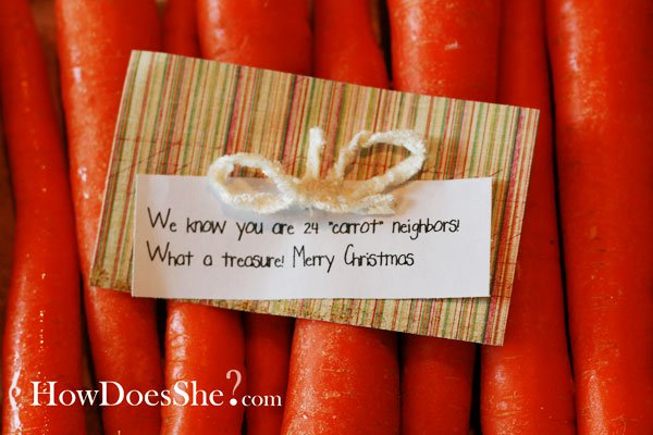 Mini carrots and veggie dip