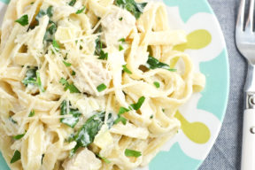 One Pot Spinach Artichoke Chicken Fettuccine Alfredo Recipe | Super Healthy Kids | Food and Drink