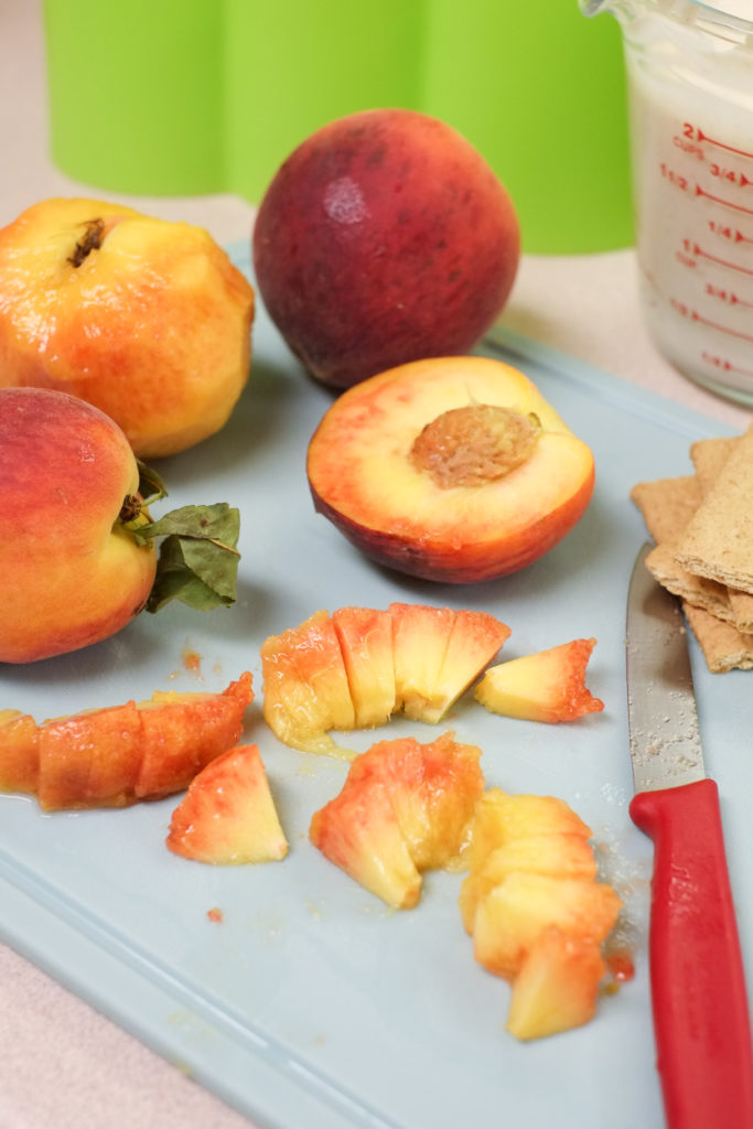 Fresh peaches are the perfect popsicle base!