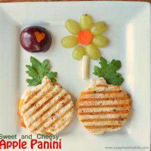 Sweet and Cheesy-Apple Panini Recipe