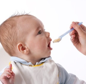 Feeding Your Baby Solid Food 101