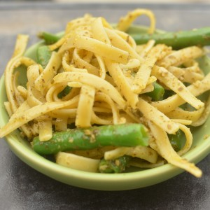 Pesto Pasta and Green Beans