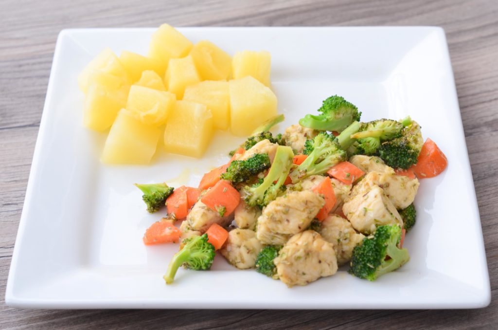 Lemon Chicken Sauted With Carrots And Broccoli  Super -4766