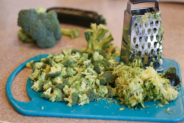 How to make Broccoli and Zucchini Egg Bars