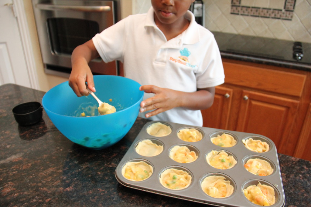 Muffin Tin Pot Pie. Kids cooking hack recipe! And a great way to serve your favorite dishes in fun, bite sized portions.