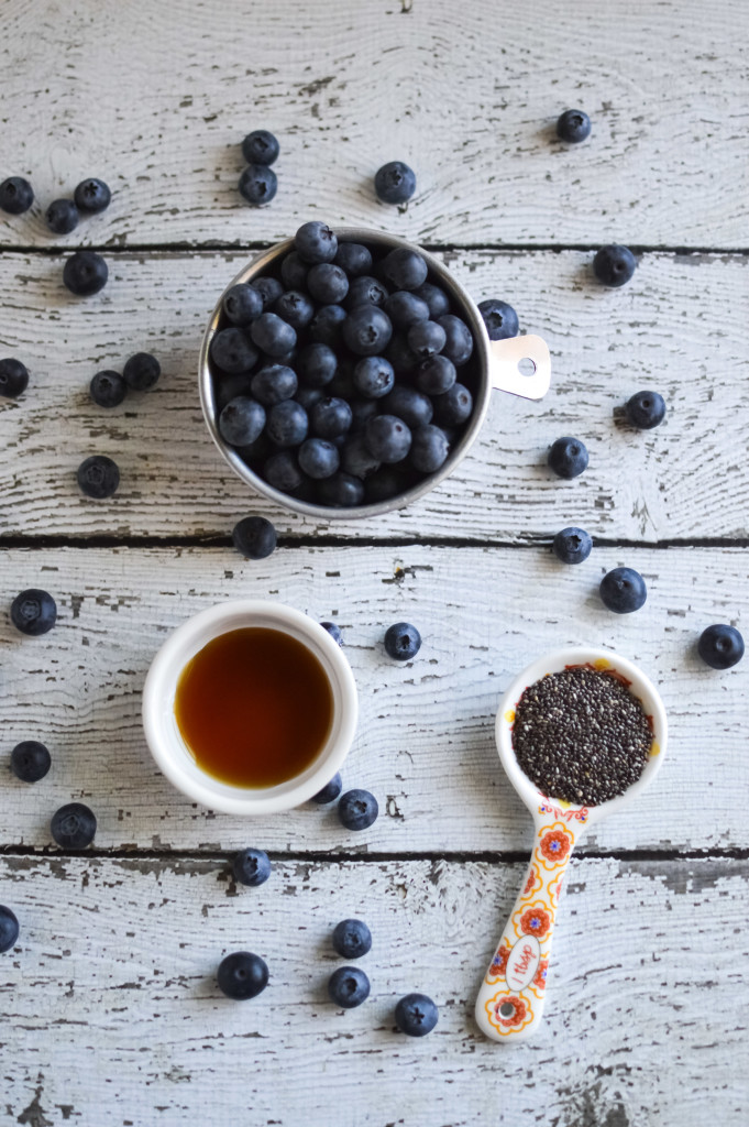Blueberry Chia Seed Jam Recipe. No preservatives, all fruit, so yummy on toast, bagels and pb&j!! www.superhealthykids.com