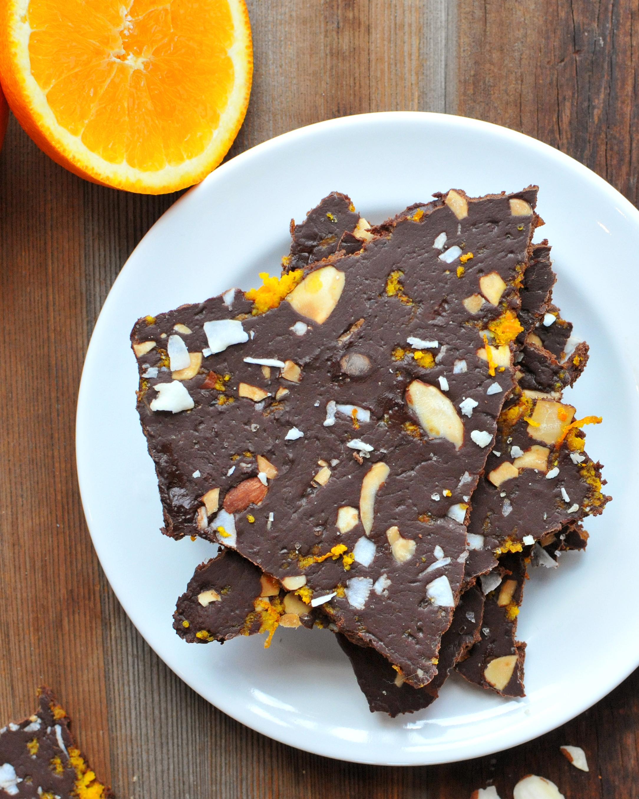 how to cut chocolate bark