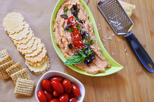 Loaded Pizza Hummus. Perfect for snacking or a perfect savory party food! www.superhealthykids.com