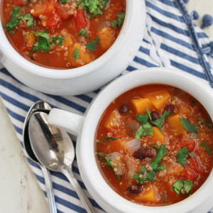Slow Cooker Quinoa Vegetable Soup