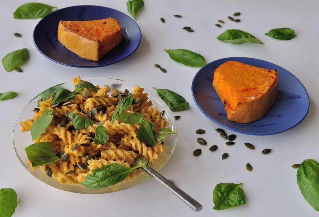 Creamy Cashew Pumpkin Pasta. If you have leftover pumpkin, make this recipe! www.superhealthykids.com