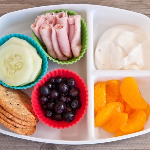 School Lunch Versus Packed Lunch-Interesting Research and Tips