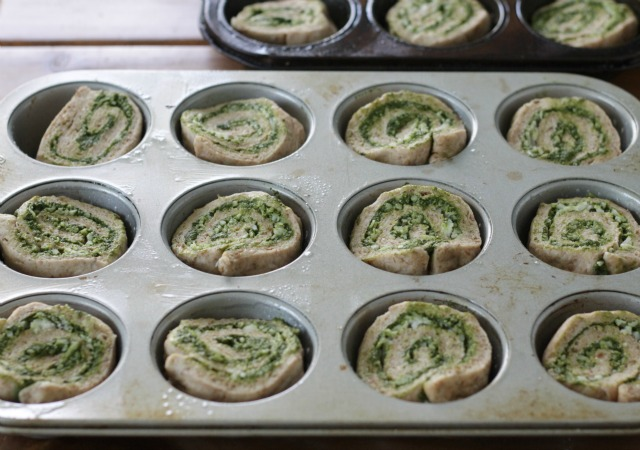 How to Make Kale Pesto Pizza Rolls. This pesto tastes amazing, but is seriously a powerhouse in nutrition. Pizza rolls are the perfect way to get your kids eating this! A dinner/lunch everyone will say yes to! www.superhealthykids.com