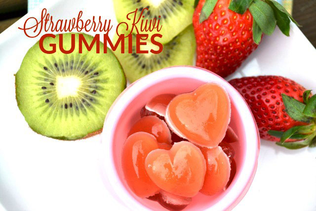 Homemade super flavorful Strawberry Kiwi Gummies. No high fructose corn syrup or other weird ingredients in these! www.superhealthykids.com