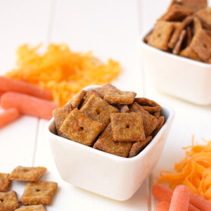 4 Ingredient Cheesy Carrot Crackers