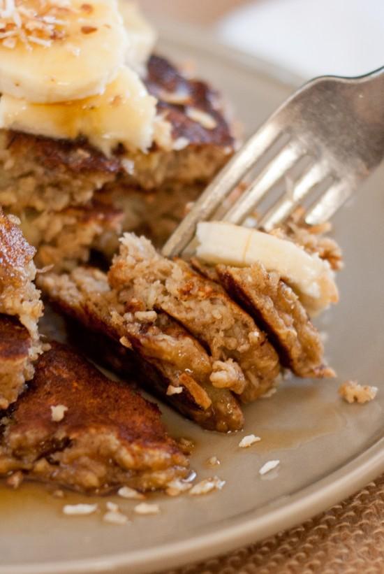 gluten-free-banana-oat-pancakes-12-550x821