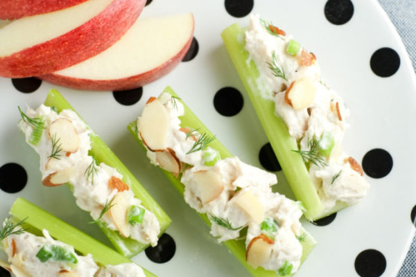 chicken-salad-celery-sticks-13-683×1024