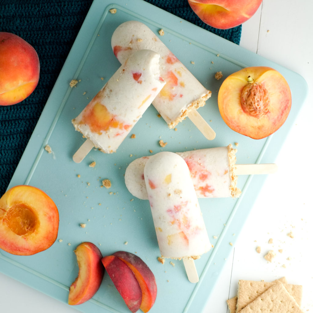 Peach pie popsicles are the PERFECT healthy summer treat!