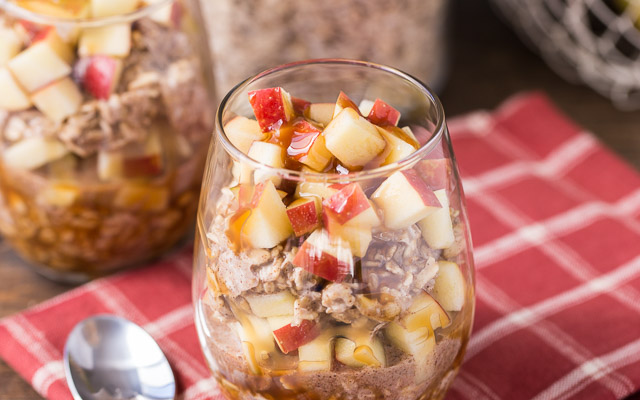 How to make Caramel Apple Overnight Oats