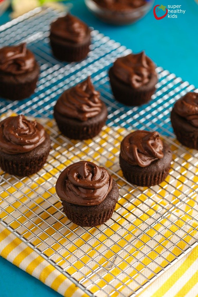 Gluten Free Healthy Chocolate Cupcakes for Kids