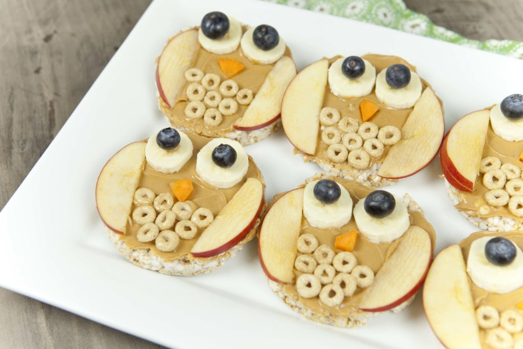 Fun food for kids owl rice cakes healthy ideas for kids for Cool food ideas for kids