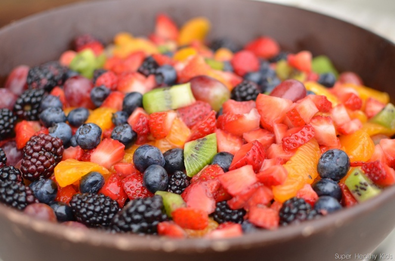https://shk-images.s3.amazonaws.com/wp-content/uploads/uploads/files/5971/large/201205Fruit-salad-1.jpg